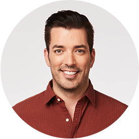 Jonathan Scott headshot smiling