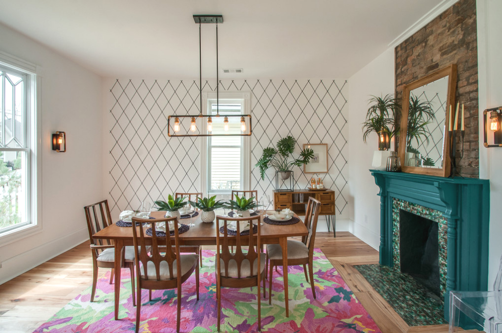 Kortney Wilson's dining room and tips to stage it yourself